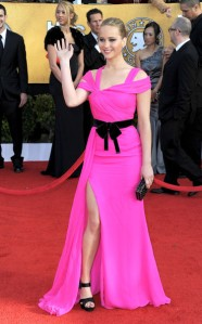 Jennifer Lawrence pink oscar de la renta gown at screen actors guild awards 2011 3